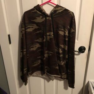 Camo thin sweatshirt